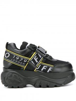 Кроссовки на платформе с пряжкой Buffalo. Цвет: черный