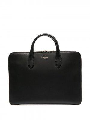 Сумка для ноутбука с тисненым логотипом Dolce & Gabbana. Цвет: черный