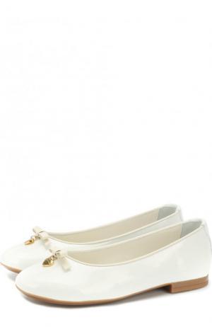 Лаковые балетки Dolce & Gabbana. Цвет: белый
