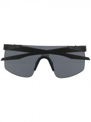 Солнцезащитные очки в безободковой оправе PUMA. Цвет: черный