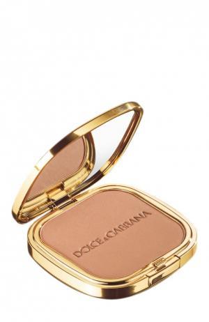 Пудра с эффектом загара 20 Desert Dolce & Gabbana. Цвет: бесцветный