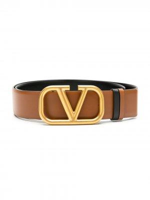 Двусторонний ремень с логотипом VLogo Valentino Garavani. Цвет: коричневый