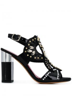 Лакированные туфли-лодочки с заклепками Albano. Цвет: черный