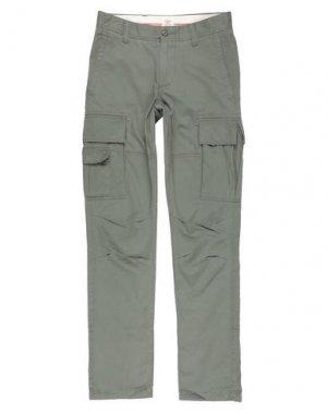 Повседневные брюки DOCKERS. Цвет: зеленый-милитари