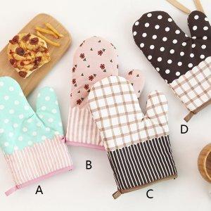 Перчатка для микроволновой печи со смешанным узором 1шт SHEIN. Цвет: многоцветный