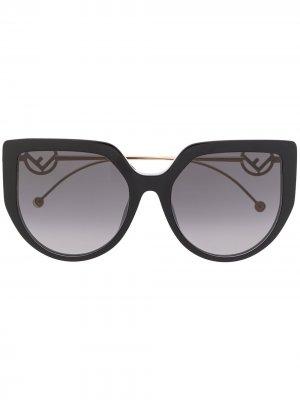 Массивные солнцезащитные очки с логотипом FF Fendi Eyewear. Цвет: черный