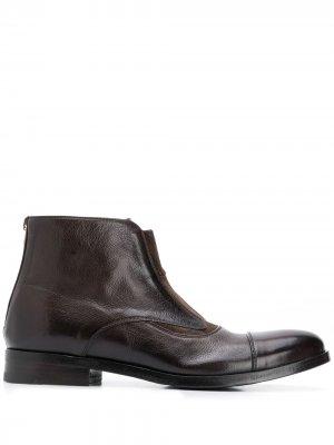 Ботинки на каблуке Alberto Fasciani. Цвет: коричневый