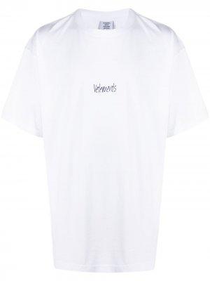 Футболка с вышитым логотипом Vetements. Цвет: белый