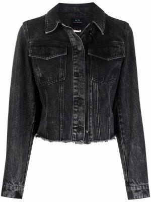 Укороченная джинсовая куртка Armani Exchange. Цвет: черный