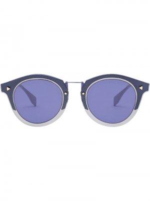 Солнцезащитные очки в круглой оправе с логотипом FF Fendi Eyewear. Цвет: синий