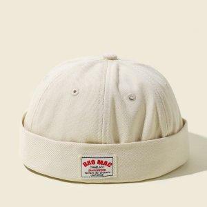 Мужской Шляпа докер с текстовым принтом SHEIN. Цвет: бежевые