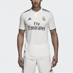 Домашняя игровая футболка Реал Мадрид Authentic Performance adidas. Цвет: черный