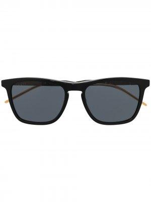 Солнцезащитные очки в квадратной оправе с логотипом Gucci Eyewear. Цвет: черный