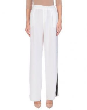 Повседневные брюки JOHN RICHMOND. Цвет: белый