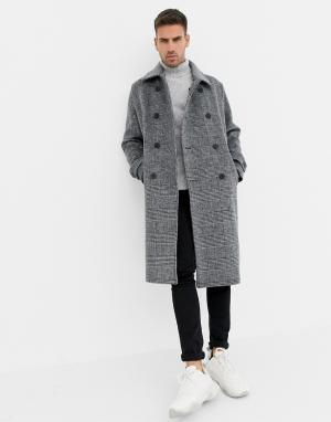 Серое шерстяное oversize-пальто в клетку Bershka. Цвет: серый