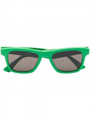 Wayfarer-frame sunglasses Bottega Veneta Eyewear. Цвет: зеленый