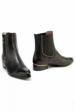 Ботинки Essere. Цвет: черный
