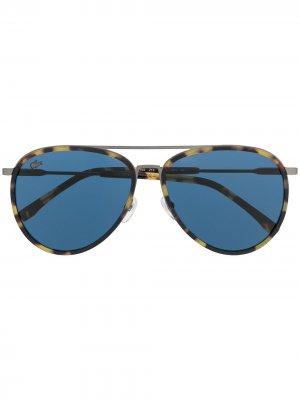Солнцезащитные очки-авиаторы черепаховой расцветки Lacoste. Цвет: синий