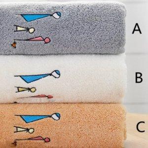 Полотенце для лица с вышивкой 1шт SHEIN. Цвет: многоцветный