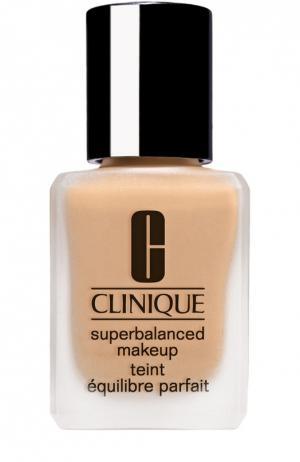 Суперсбалансированный тональный крем для комбинированной кожи, тон 27 Clinique. Цвет: бесцветный