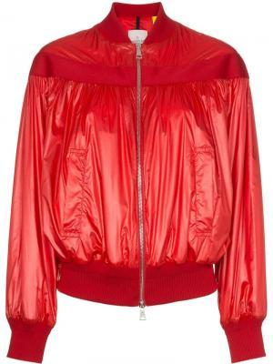 Куртка-бомбер Nassau на молнии Moncler. Цвет: красный