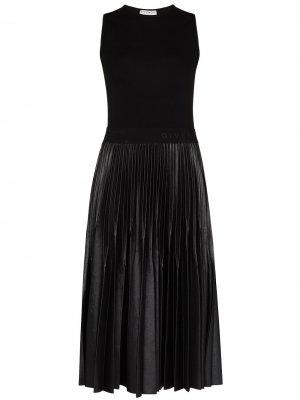 Плиссированное платье миди Givenchy. Цвет: черный