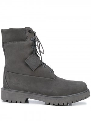 Ботинки на шнуровке Timberland. Цвет: серый