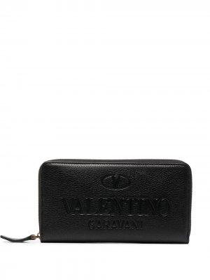 Кошелек с тисненым логотипом Valentino Garavani. Цвет: черный