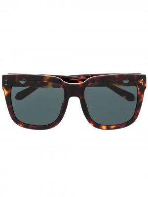 Солнцезащитные очки Freya Linda Farrow. Цвет: коричневый