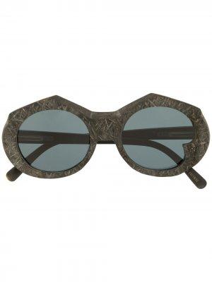 Солнцезащитные очки в массивной оправе Rigards. Цвет: черный