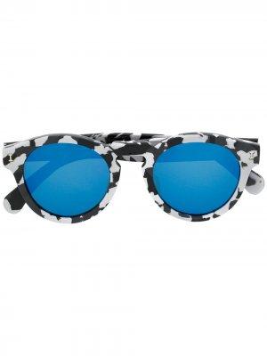 Солнцезащитные очки Leonard с принтом Illesteva. Цвет: черный