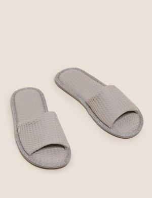 Тапочки мюли без каблука с открытым носком M&S Collection. Цвет: серый