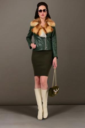 Кожаная куртка GRAFINIA. Цвет: зеленый