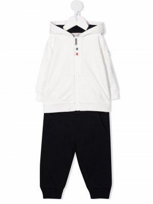 Комплект из худи и брюк Moncler Enfant. Цвет: белый