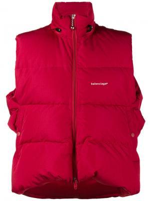 Пуховая жилетка Balenciaga. Цвет: красный