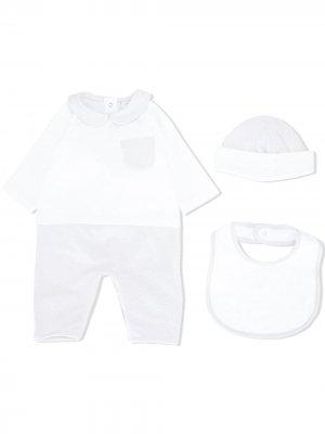Комплект из пижамы, шапки и нагрудника Fendi Kids. Цвет: белый