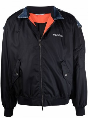 Бомбер с логотипом Valentino. Цвет: синий