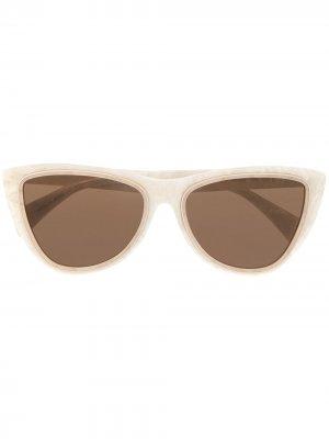 Солнцезащитные очки в оправе кошачий глаз Yohji Yamamoto. Цвет: белый