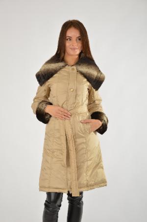 Пальто Амулет AMULET. Цвет: бежевый