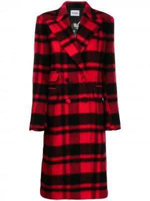 Клетчатое двубортное пальто Brognano. Цвет: красный