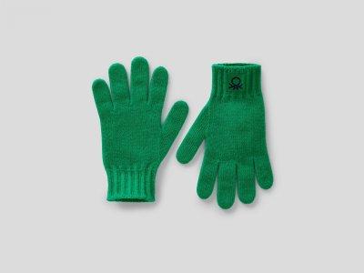 Перчатки из шерсти Benetton. Цвет: зеленый