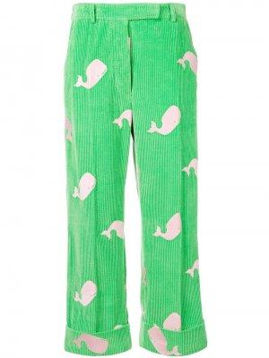 Брюки чинос с вышивкой Thom Browne. Цвет: зеленый