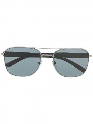 Солнцезащитные очки в квадратной оправе Bvlgari. Цвет: серебристый