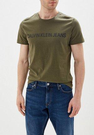 Футболка Calvin Klein Jeans. Цвет: хаки