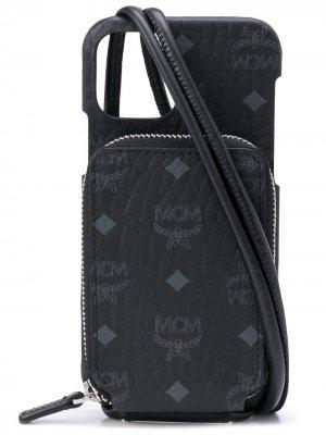 Чехол для iPhone 12 Pro с монограммой MCM. Цвет: черный
