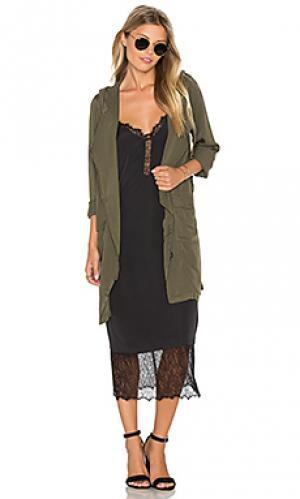 Пальто delsol BB Dakota. Цвет: оливковый