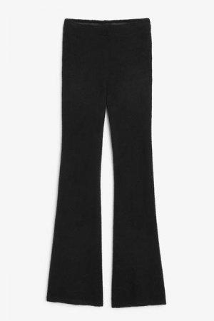 Пушистые вязаные расклешенные брюки Monki. Цвет: черный