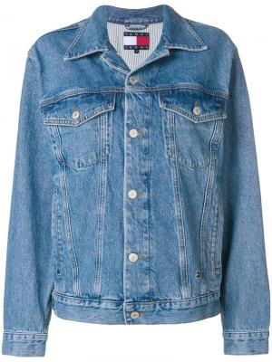 Джинсовая куртка с логотипом Tommy Jeans. Цвет: синий