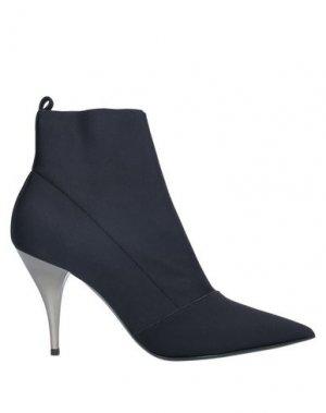 Полусапоги и высокие ботинки CASADEI. Цвет: черный