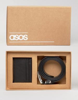 Подарочный набор с кожаным ремнем и визитницей ASOS. Цвет: черный